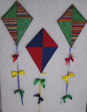 Farbenfrohe Drachen - fertig genäht - Ausstellungsstücke
